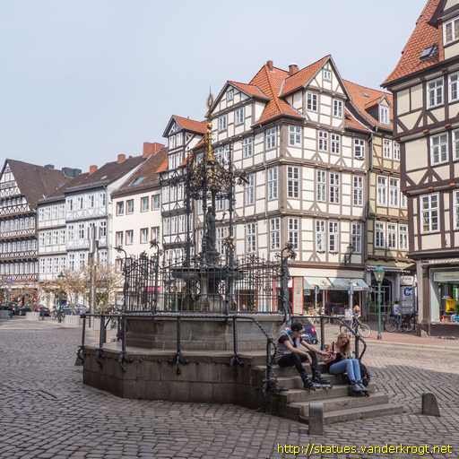 hannover holzmarktbrunnen oscar winter brunnen. Black Bedroom Furniture Sets. Home Design Ideas